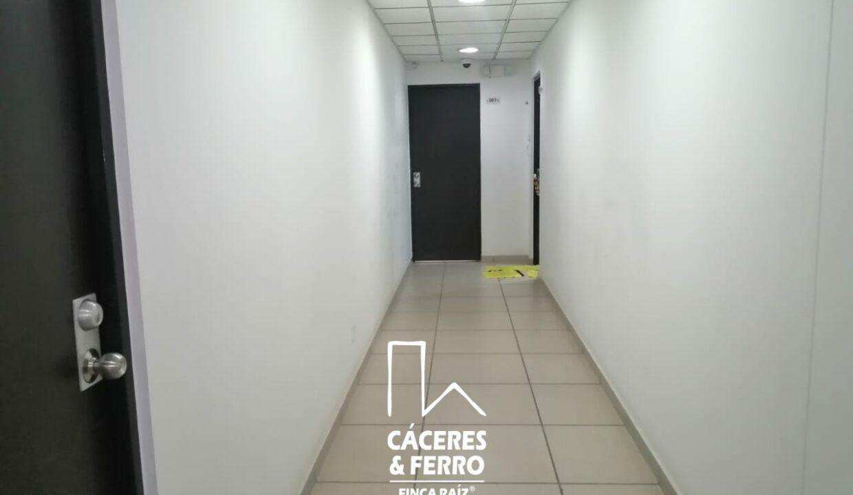 CaceresyFerro-Inmobiliaria-CyF-Noroccidente-La-Castellana-Oficina-Comercial-22431-11 (2) [Logo]