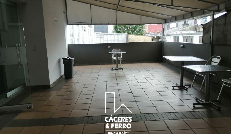 CaceresyFerro-Inmobiliaria-CyF-Noroccidente-La-Castellana-Oficina-Comercial-22431-14 [Logo]