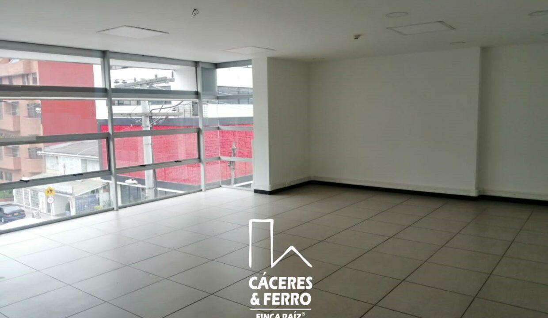 CaceresyFerro-Inmobiliaria-CyF-Noroccidente-La-Castellana-Oficina-Comercial-22431-4 [Logo]
