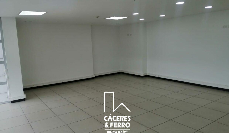 CaceresyFerro-Inmobiliaria-CyF-Noroccidente-La-Castellana-Oficina-Comercial-22431-7 [Logo]