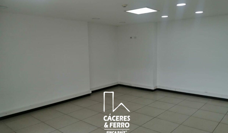 CaceresyFerro-Inmobiliaria-CyF-Noroccidente-La-Castellana-Oficina-Comercial-22431-8 [Logo]