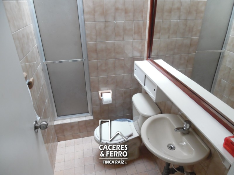 CáceresyFerro-Inmobiliaria-Cyf-Cáceresyferro-Cyf-Bogota-Norte-La-Castellana-Oficina-Arriendo-21816-8