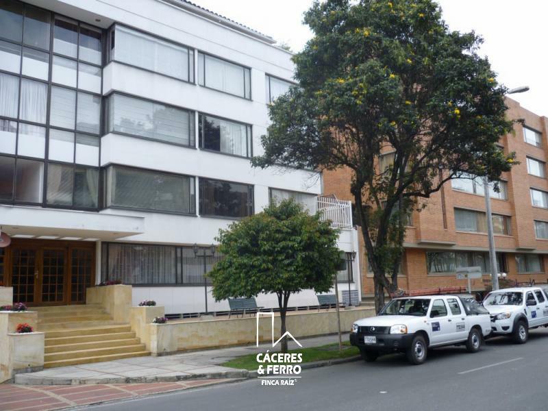 CaceresyFerroInmobiliaria-CyF-Inmobiliaria-Caceres-Ferro-Apartamento-Venta-Usaquen-Santa-Barbara-17568-2