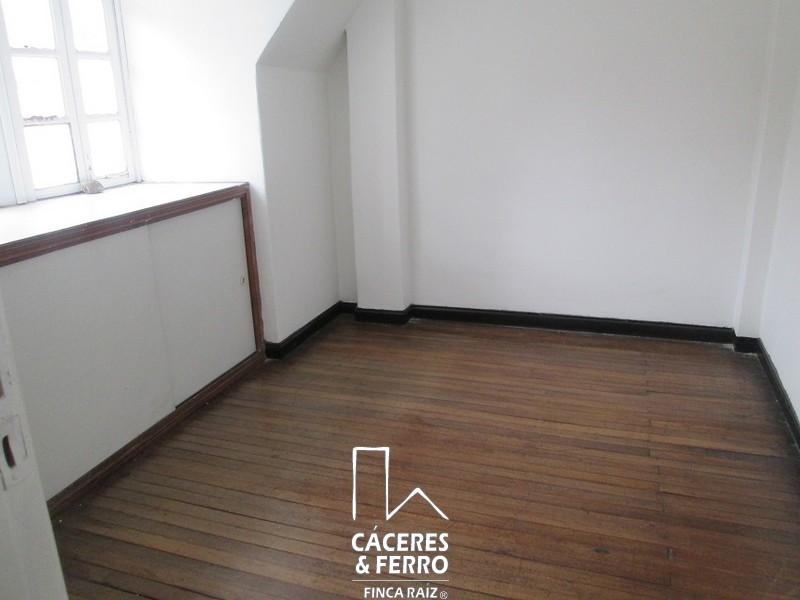 CaceresyFerroInmobiliaria-CyF-Inmobiliaria-Caceres-Ferro-Casa-Comercial-Arriendo-21240-11