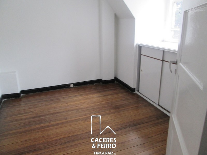 CaceresyFerroInmobiliaria-CyF-Inmobiliaria-Caceres-Ferro-Casa-Comercial-Arriendo-21240-12