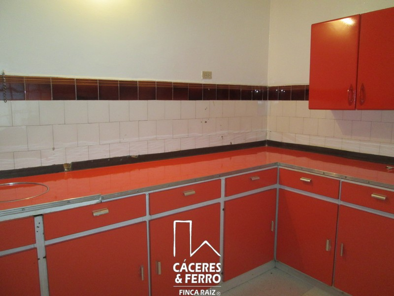 CaceresyFerroInmobiliaria-CyF-Inmobiliaria-Caceres-Ferro-Casa-Comercial-Arriendo-21240-17