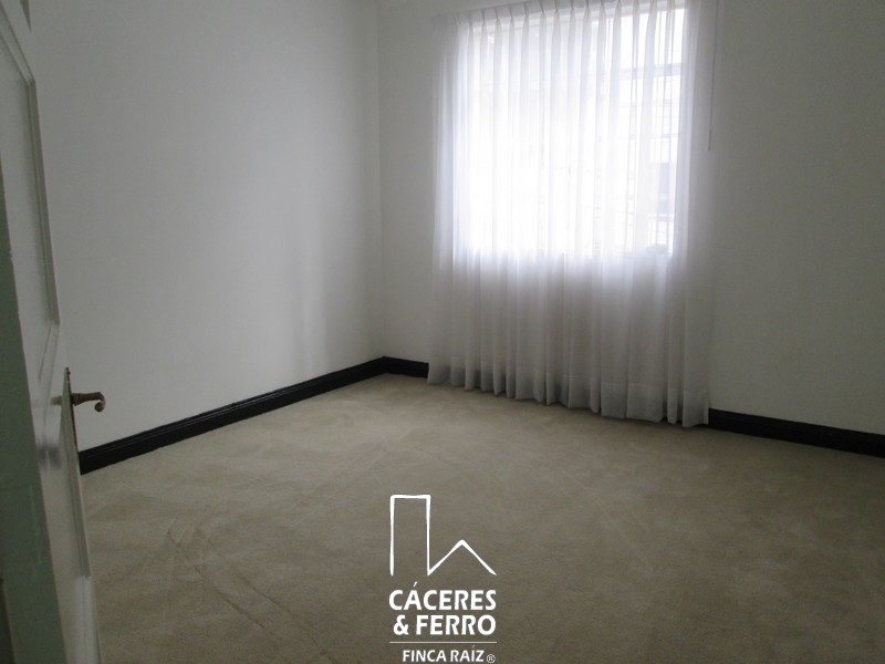 CaceresyFerroInmobiliaria-CyF-Inmobiliaria-Caceres-Ferro-Casa-Comercial-Arriendo-21240-6