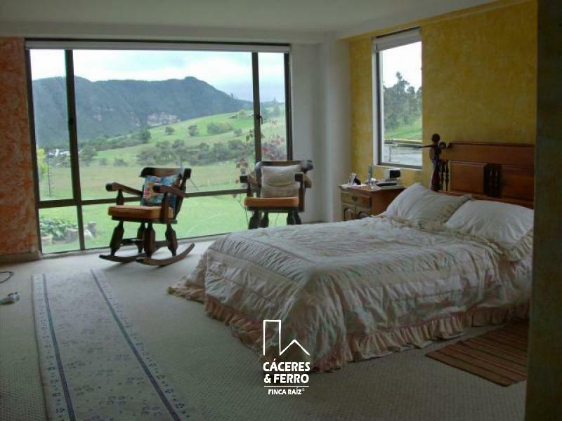 CaceresyFerroInmobiliaria-CyF-Inmobiliaria-Caceres-Ferro-Cundinamarca-La-Calera-Casa-Venta-18285-10