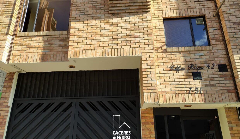 CaceresyFerroInmobiliaria-Caceres-Ferro-Inmobiliaria-CyF-Chapinero-Apartaestudio-Arriendo-22617-1