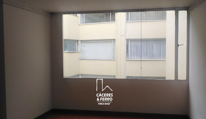 CaceresyFerroInmobiliaria-Caceres-Ferro-Inmobiliaria-CyF-Alhambra-Apartamento-Venta-22685-11