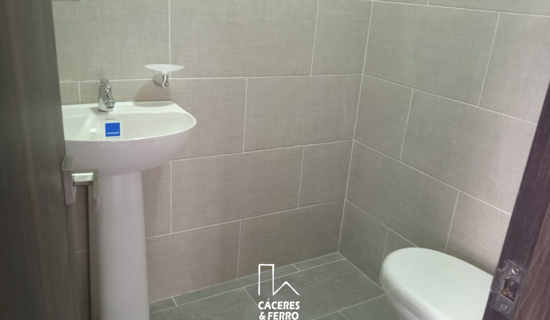 CaceresyFerroInmobiliaria-Caceres-Ferro-Inmobiliaria-CyF-Engativa-Edificio-Arriendo-22688-8