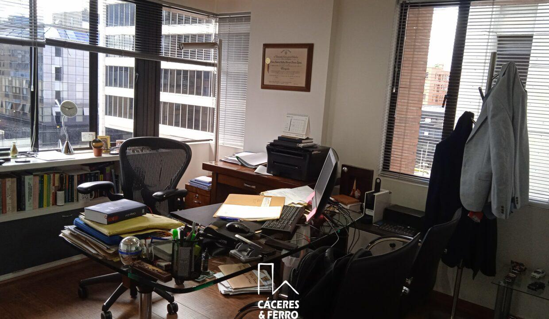 CaceresyFerroInmobiliaria-Caceres-Ferro-Inmobiliaria-CyF-Usaquen-Chico-Norte-Oficina-Comercial-Arriendo-22710-9