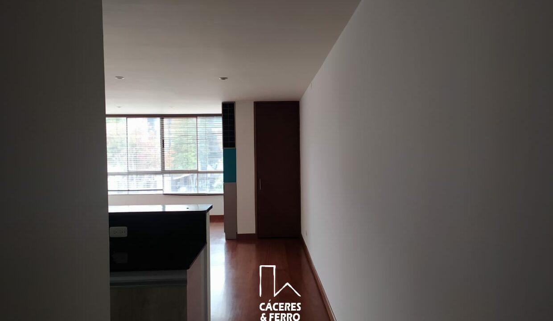 CaceresyFerroInmobiliaria-Caceres-Ferro-Inmobiliaria-CyF-Usaquen-San-Patricio-Apartamento-Arriendo-22700-6
